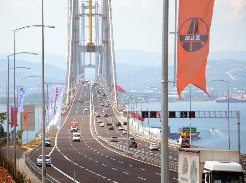 istanbul boğaziçi köprüsü kim yaptı